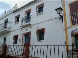 Townhouse for sale Cortes de la Frontera