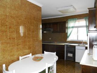 Long Term Rental, 4 bed Apartment Ronda